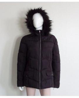 Bunda Janina čierna s kapucňou s kožušinou, veľ.44