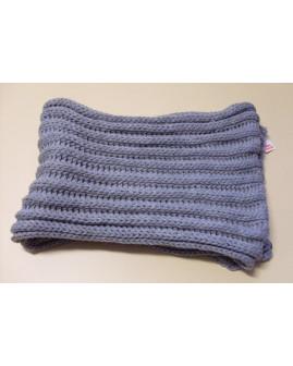 Šál sivý pletený