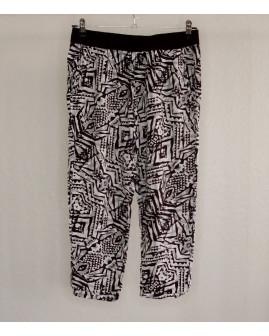 3/4 nohavice Tally Weijl čierno-biele vzorované, v páse guma, veľ.40