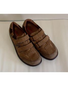 Športové topánky hnedé na suchý zips, veľ.44