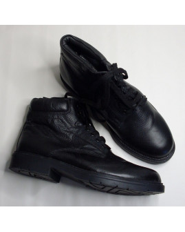 Členkové topánky zateplené čierne, veľ.42