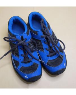 Tenisky Decathlon modro-čierne, veľ.33