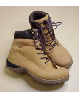 Pánske topánky svetlohnedé, mierne zateplené, veľ.44