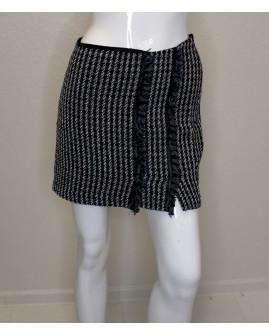 Sukňa Sisley čierno-biela vzorovaná, veľ.S